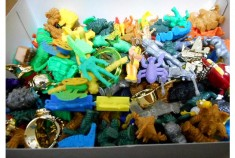 押入れの肥やしになった消しゴム人形に夢を馳せろ!買取ショップに持ち込めば20000円台のお宝も!?