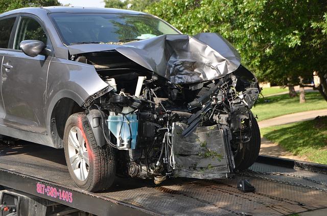 自動車保険、等級が5つ上がるだけで保険料は30,000円近く安くなる?