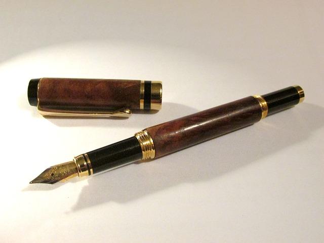 1億円の契約書に100円のボールペンでサインできるか?